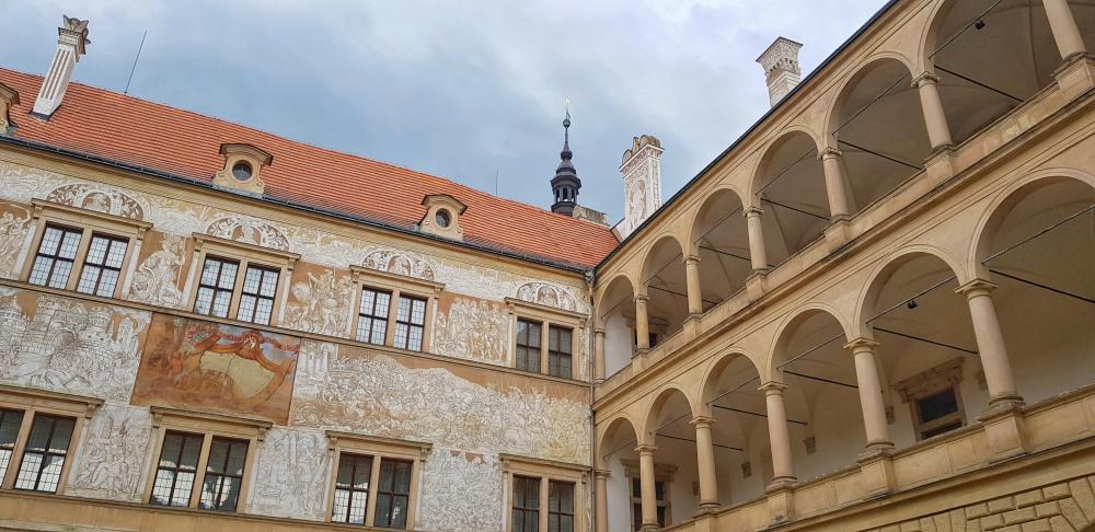 Nádvoří zámku v Litomyšli