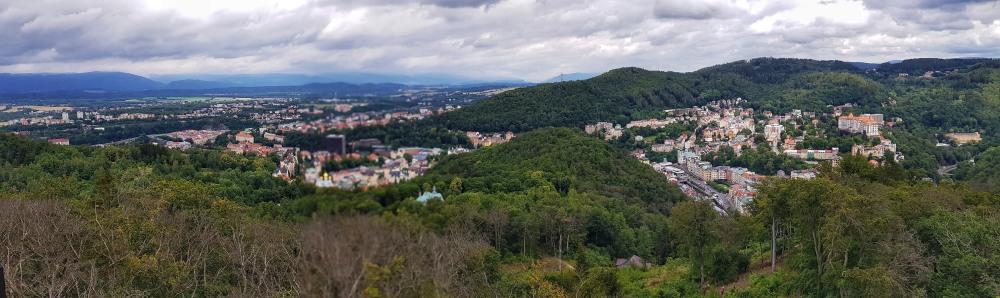 Karlovy Vary v rozhledny Diana