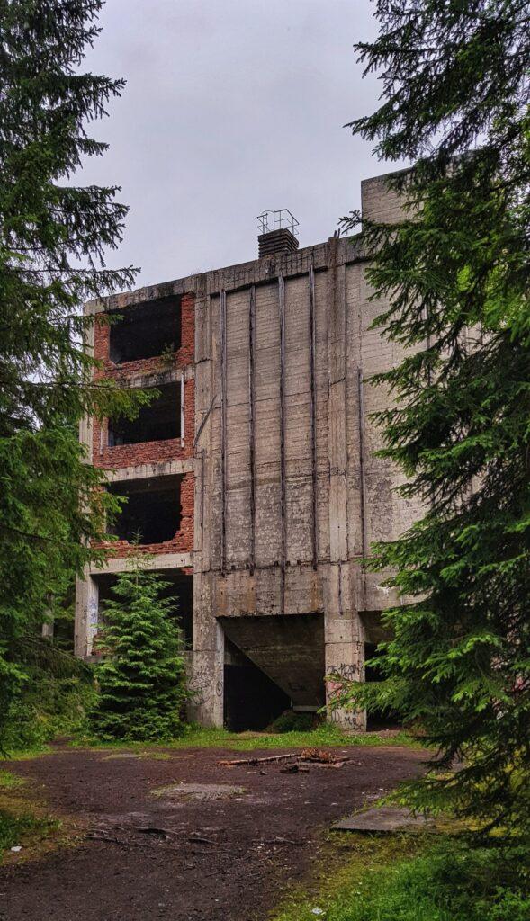 Budova úpravny s násypkami