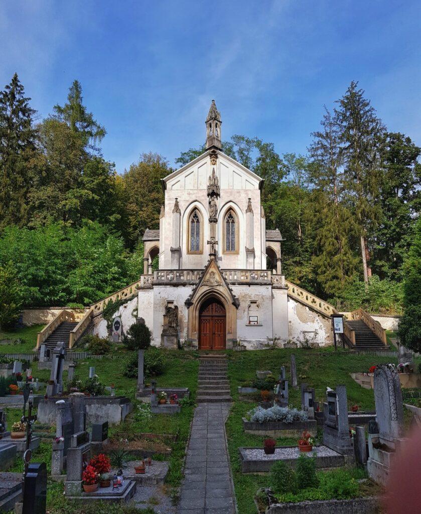 Kaple sv. Maxmilliána, Svatý Jan pod Skalou